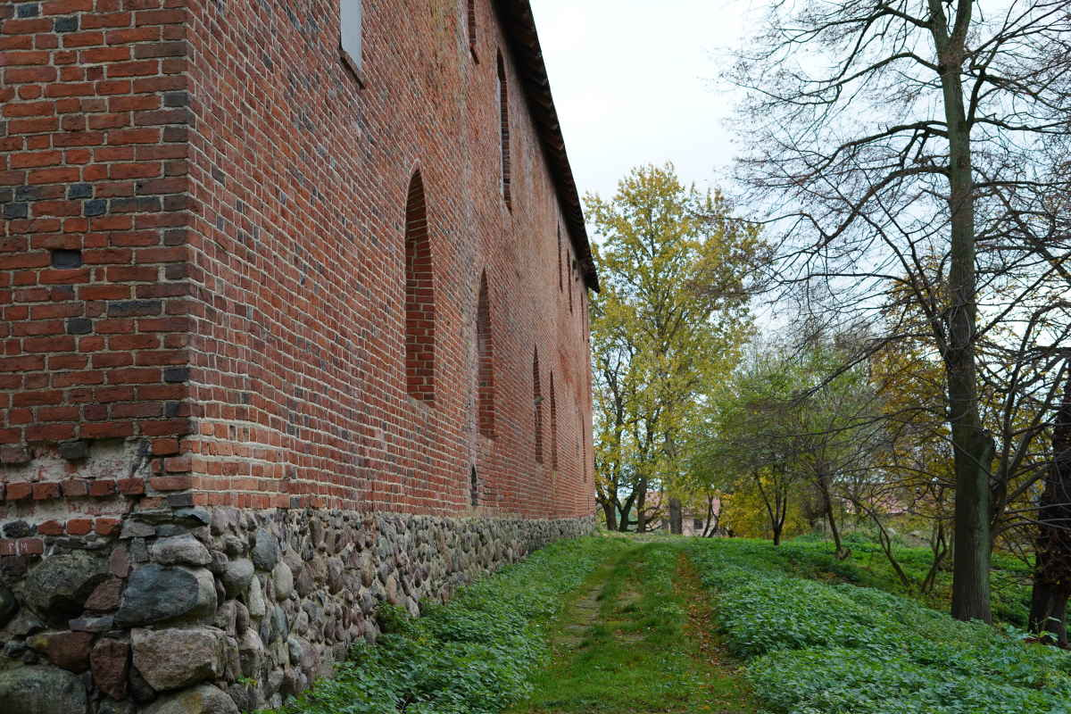 Teutonic-Knights-Castle-for-sale-in-Poland-Barciany-Zamek-2